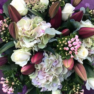 Hand Tie Flowers